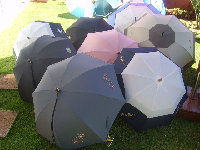 BRODES DIVERS - Parapluies OSS BRODE ORCHIDEES+FEUILLES